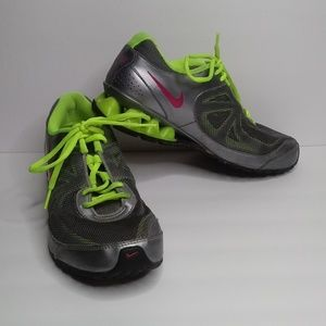 🆕 Nike Reax